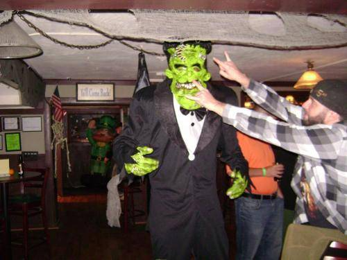 tavern-on-the-rocks-halloween-2015-40
